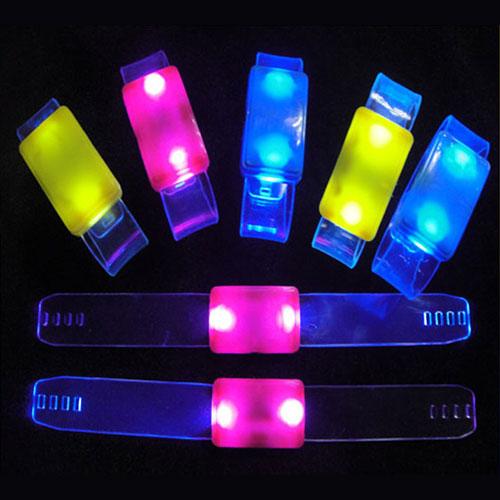 Lichtgevend armbandje transparant voorkant