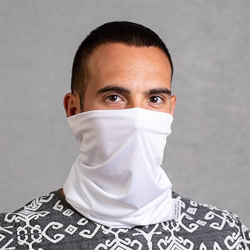Antibacteriele colsjaal wit sfeerfoto